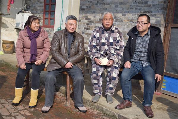 永丰镇桥湾社区开展节前走访慰问