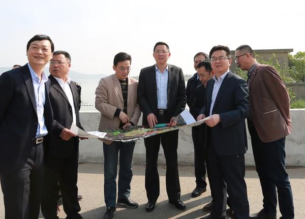 邓继敢调研指导金牛湖新区建设规划和征迁工作