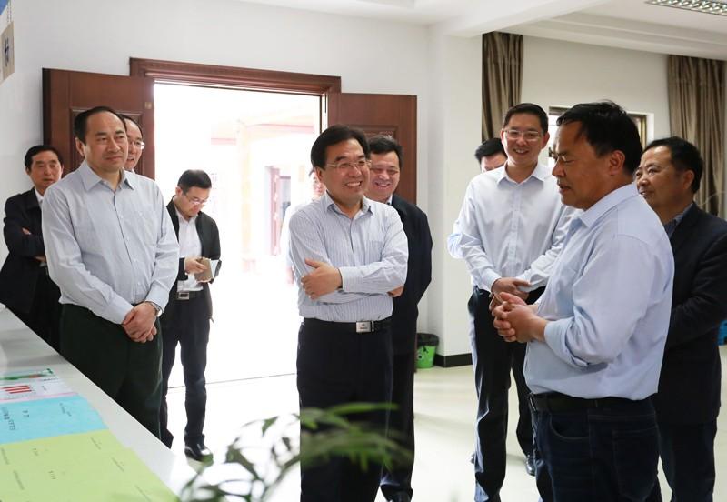 信长星在天长调研时强调:持续深化农村集体产权制度改革 为实施乡村振兴战略增添新动能
