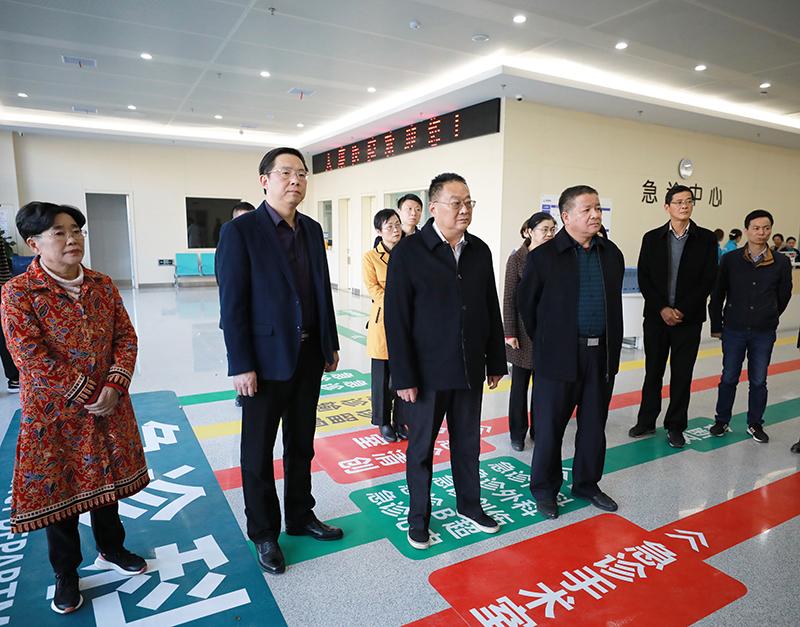 駐滁省和滁州市人大代表來我市開展視察活動