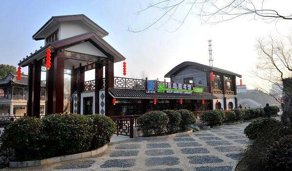 天长市首个24小时自助图书馆对外开放